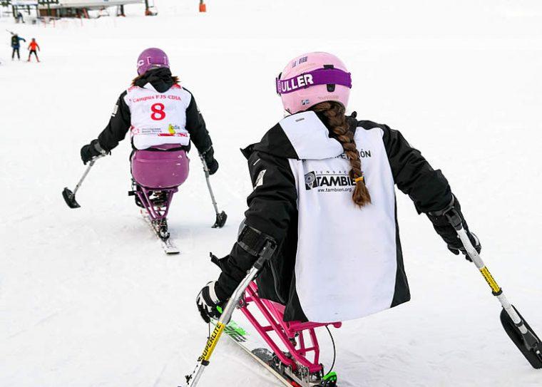 Medallas para Audrey Pascual, Irene Villa y María Martín-Granizo en la primera prueba Copa de España Inclusiva 2020 de esquí alpino adaptado.