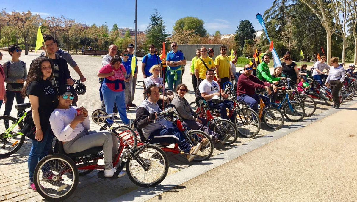 Actividades otoño de la Fundación También: ciclismo adaptado en Madrid Río