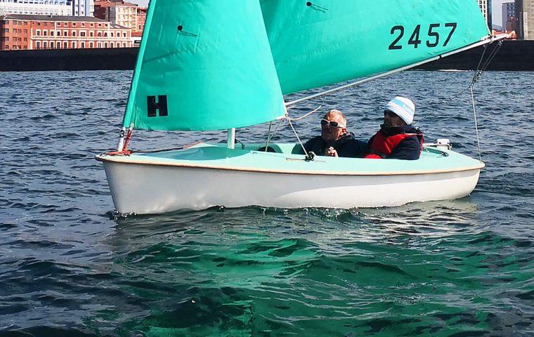 Equipo de vela adaptada Fundación También, ganador de a prueba de dobles en la Clase Internacional Hansa 303 de la Copa de España de Vela Adaptada 2020
