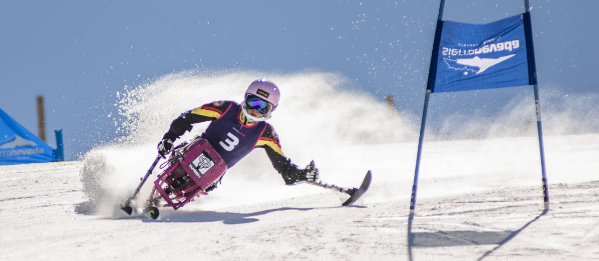 Prueba slalom Campeonato de España de Esquí Alpino Adaptado y Snowboard marzo 2021 en Sierra Nevada