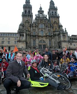 Peregrinación en bicicletas adaptadas a la Ruta Xacobea