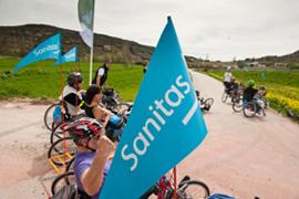 Bicicletas adaptadas en Vías Verdes gracias a Sanitas